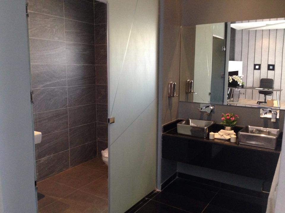 Badezimmerspiegel – Die verschiedenen Möglichkeiten